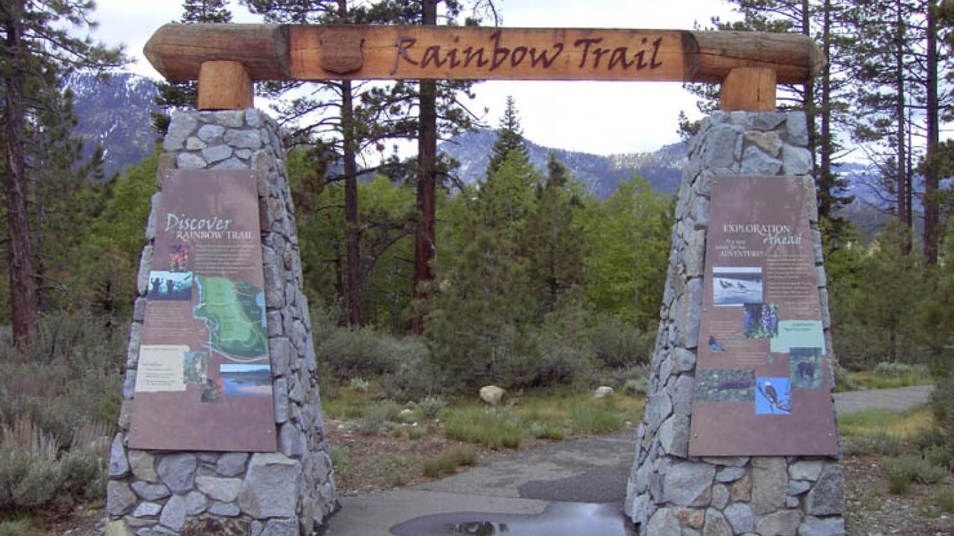 Trailhead at Taylor Creek – Lauren