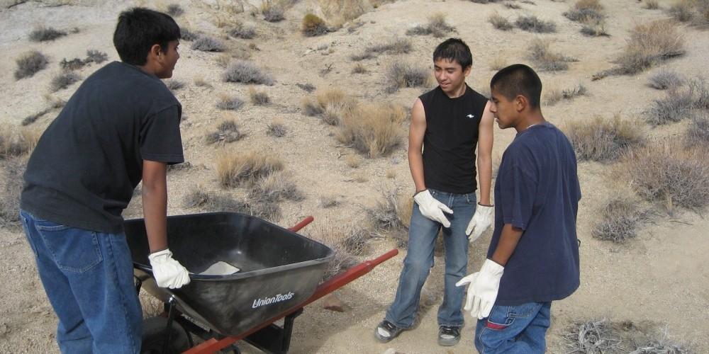 Middle school volunteers work in the hills – Langley