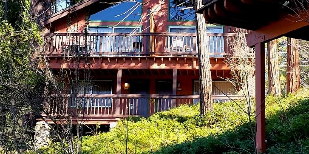 84 two-story mountain cabins – www.basslake.com