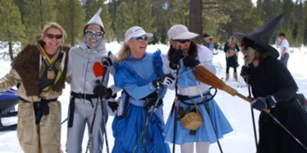 The Great Ski Race Cheerleaders!