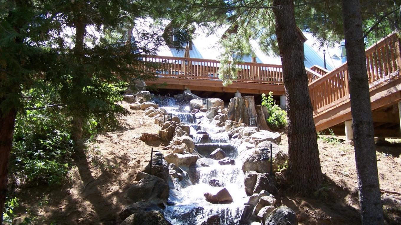 Villa Waterfall – Rhonda Salisbury