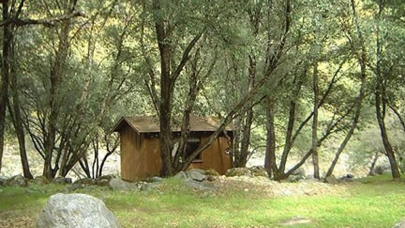 cabin by the river – Roaring Camp