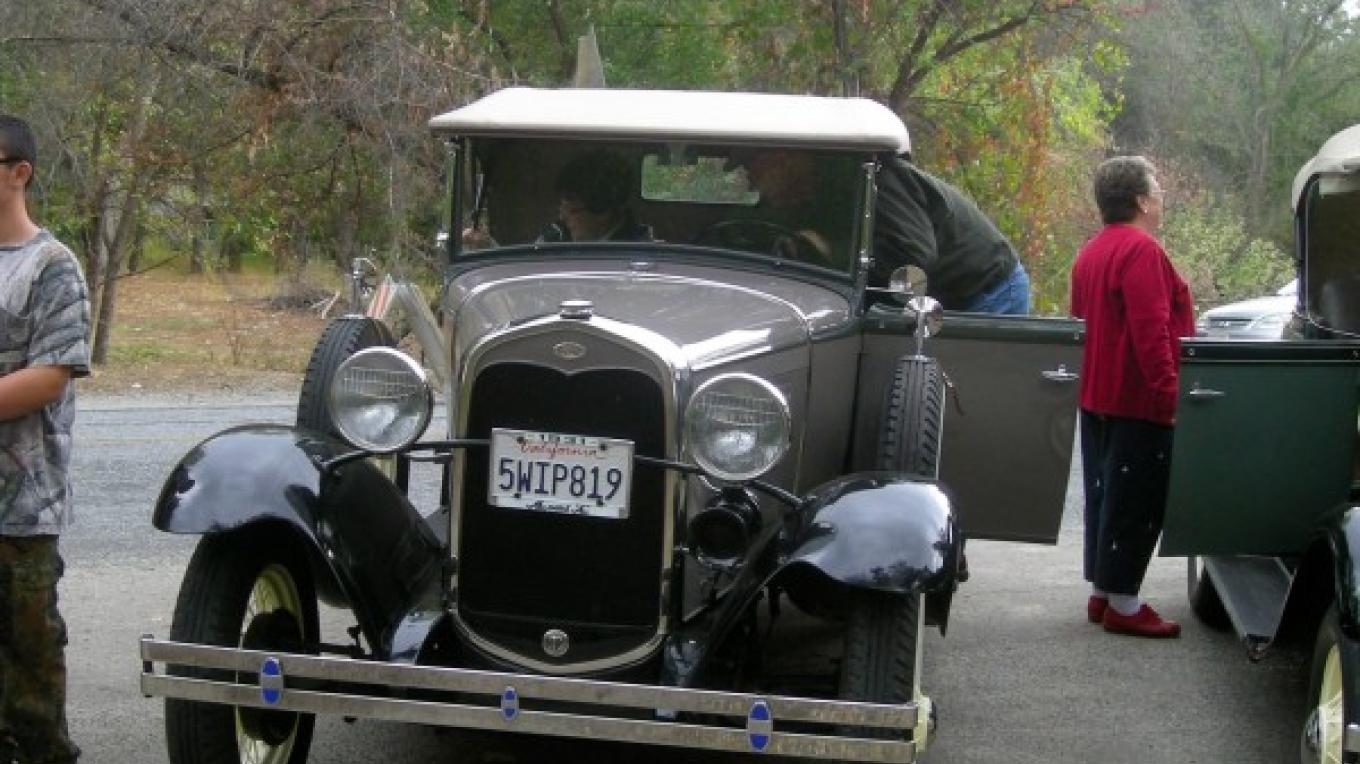 Model  A such as might have traveled up the North Fork to the Park in the early days – CJS
