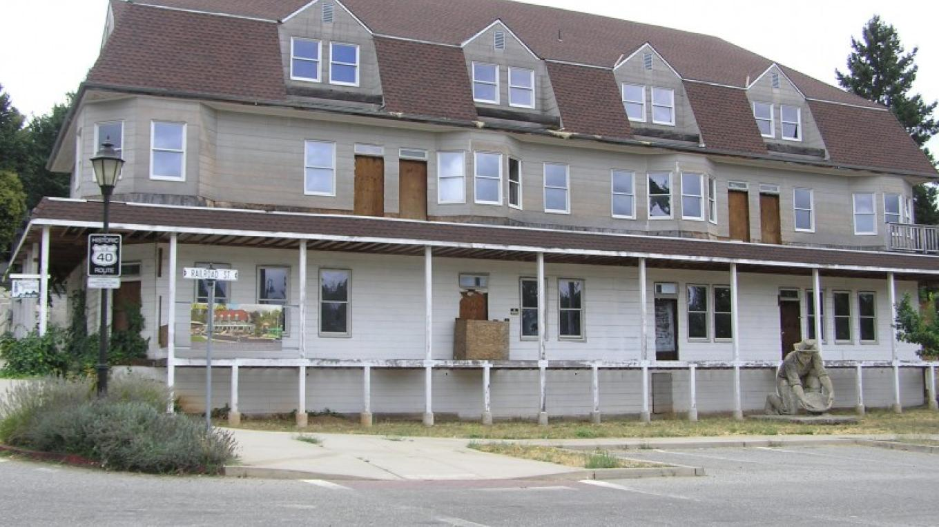The old Colfax Hotel, forever a restoration work in progress – David Wiltsee