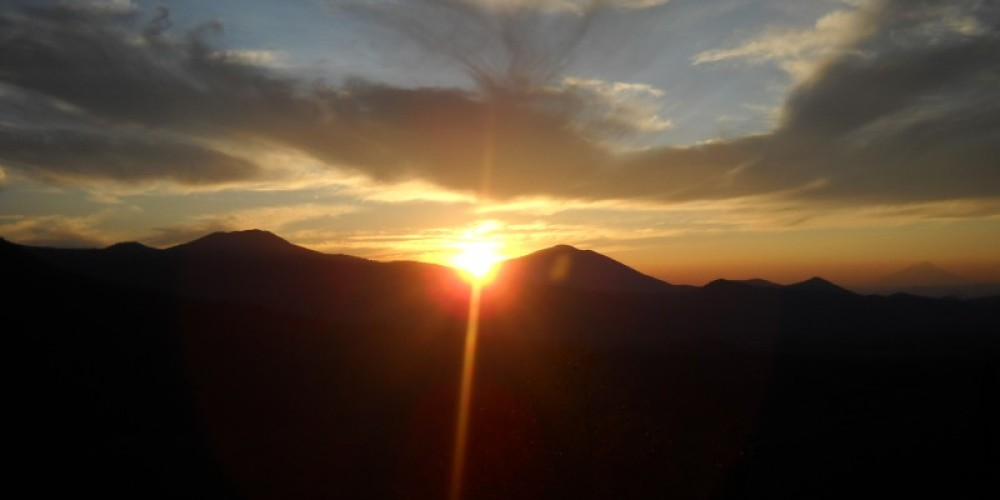 Hat Creek Rim Overlook at sunset. – Suzanne Scull