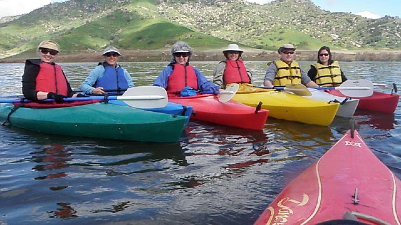 Kayaking on Lake kaweah – Provided by Sequoia Natural History Assc
