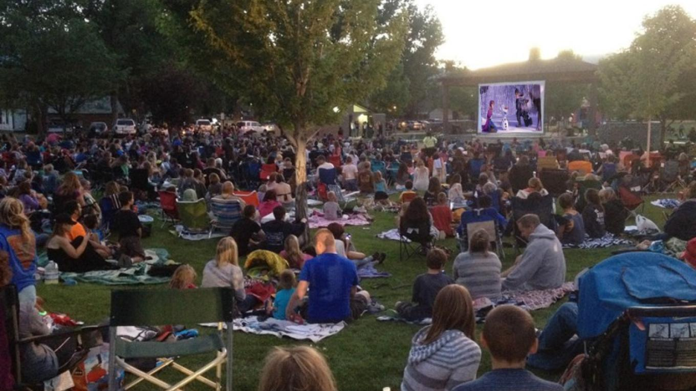 Movies in the Park 2014 - Frozen – Staff photographer