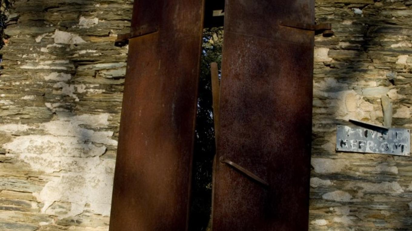 Old Metal doors, Bear Valley – Jeanetta Phillips