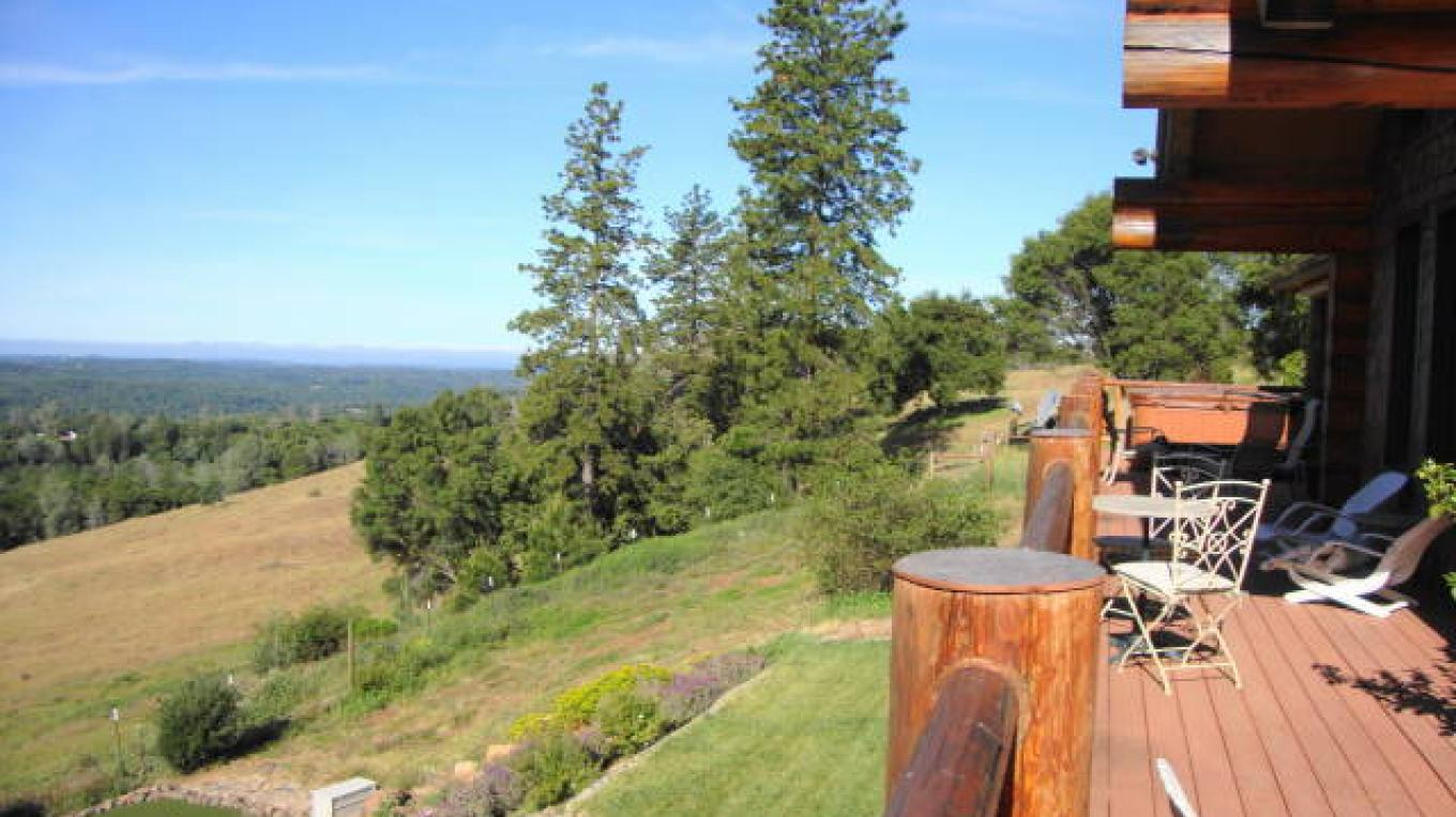 100 mile view from rear deck with spa in background – CK Martin