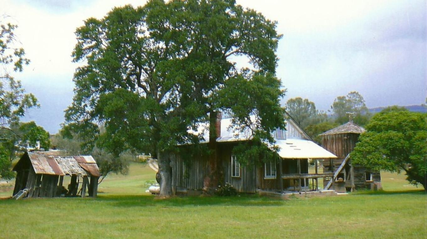 Farmhouse on Auberry Road short drive up hill from Don Fernando's – Susan Leeper