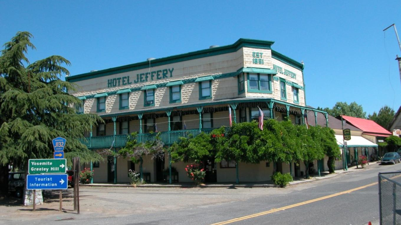 Hotel Jeffery - Historic Coulterville – Tina Craig