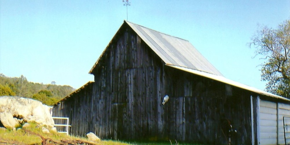 Barn on Auberry Road past Prather and before Intermountain Nursery – Susan Leeper
