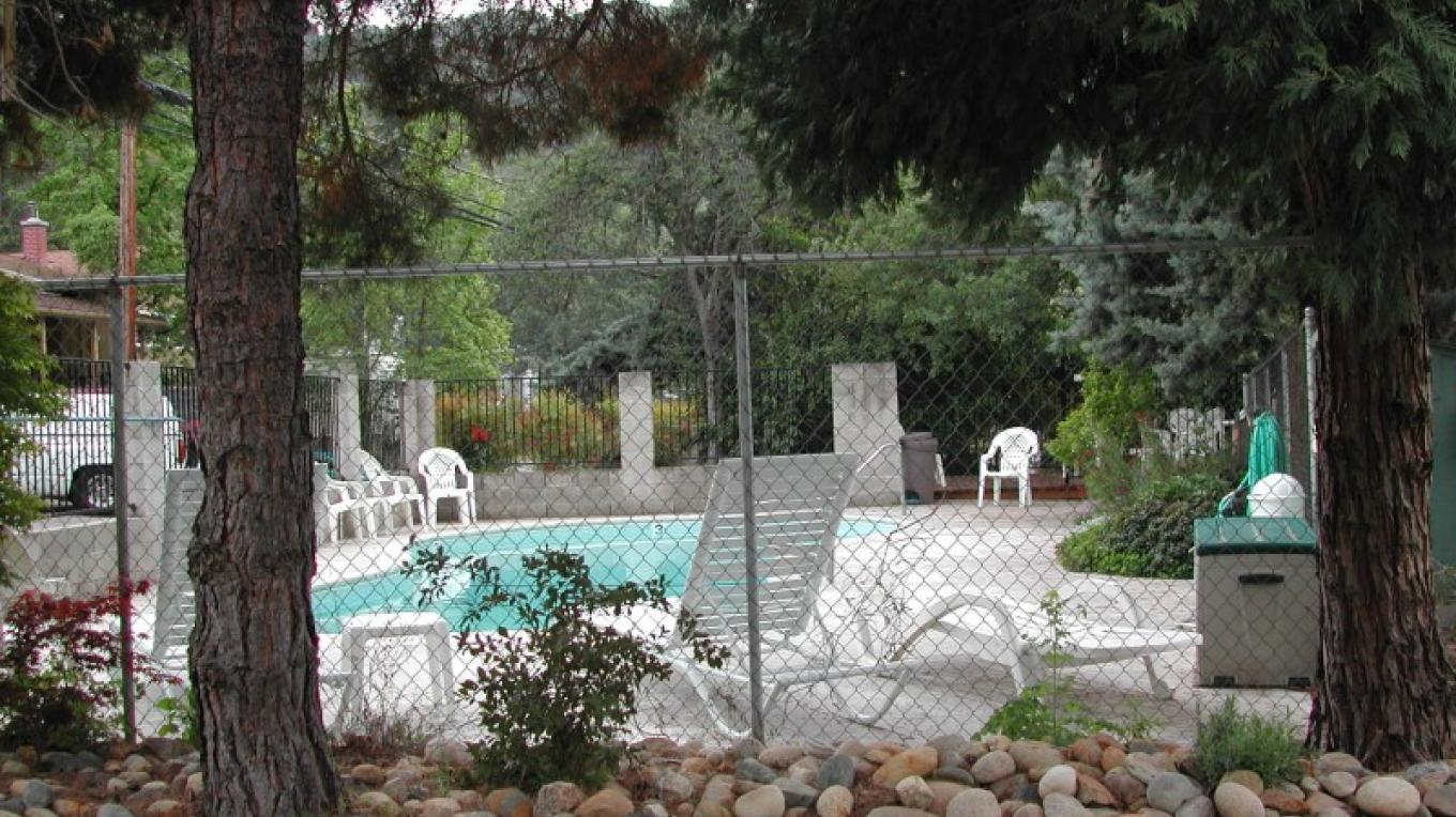 View of the pool – CJS