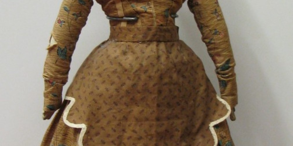 The 1860 costume on this doll is completely original! – Karrie Lindsay