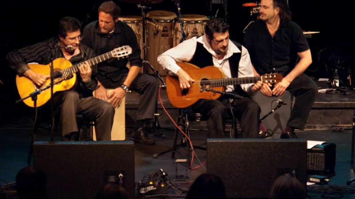 Guitar Extravaganza - Ivan Najera and Friends – Tony Finnerty