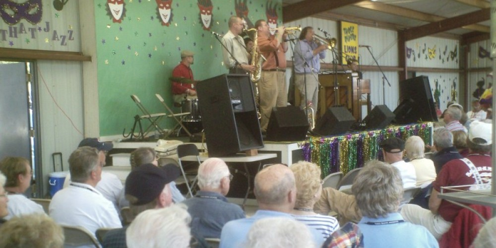 Jazzaffair, Blue Street Jazz Band, in concert at the LIONS Roping Arena venue, 2009 – Leah Catherine Launey