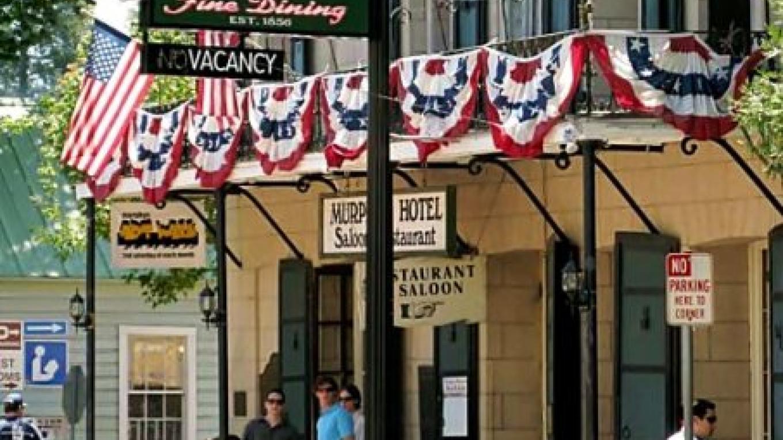 Murphys Historic Hotel – Jay Hernandez