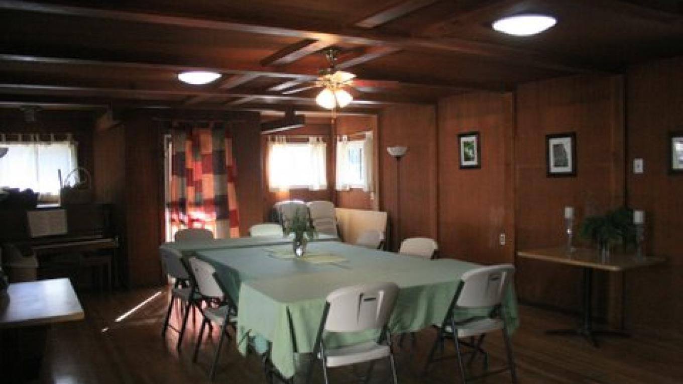 Main Lodge dining area
