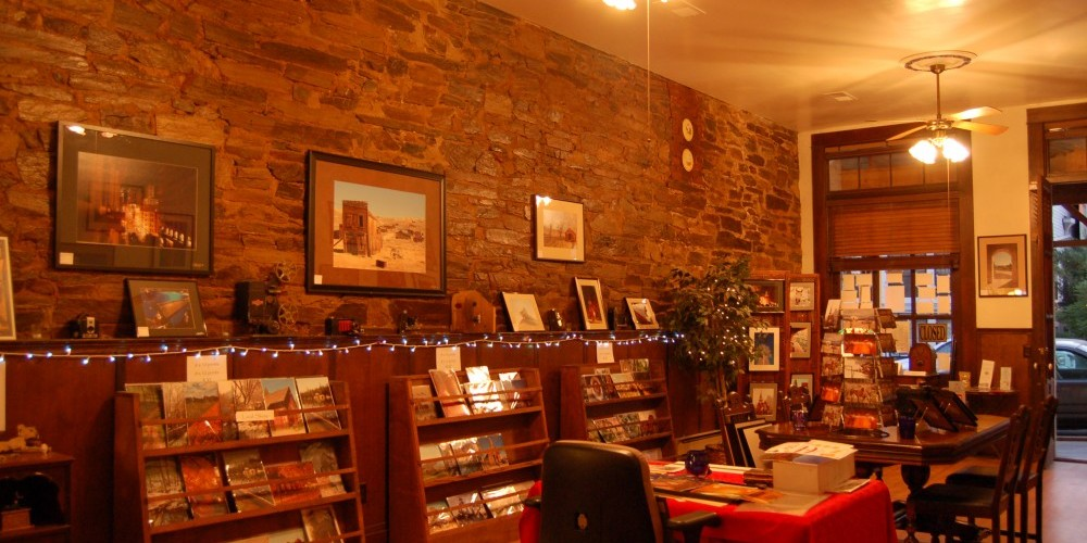 The inside of the shop. Doesn\'t it look cozy?? – Christine Tuohy