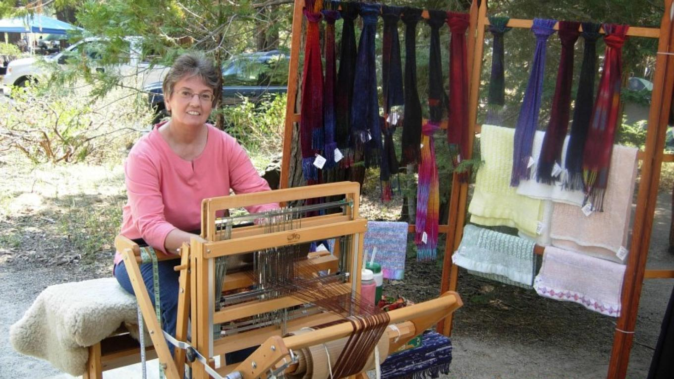 Booth at Celebrate Sequoias craft show – Richard Crain
