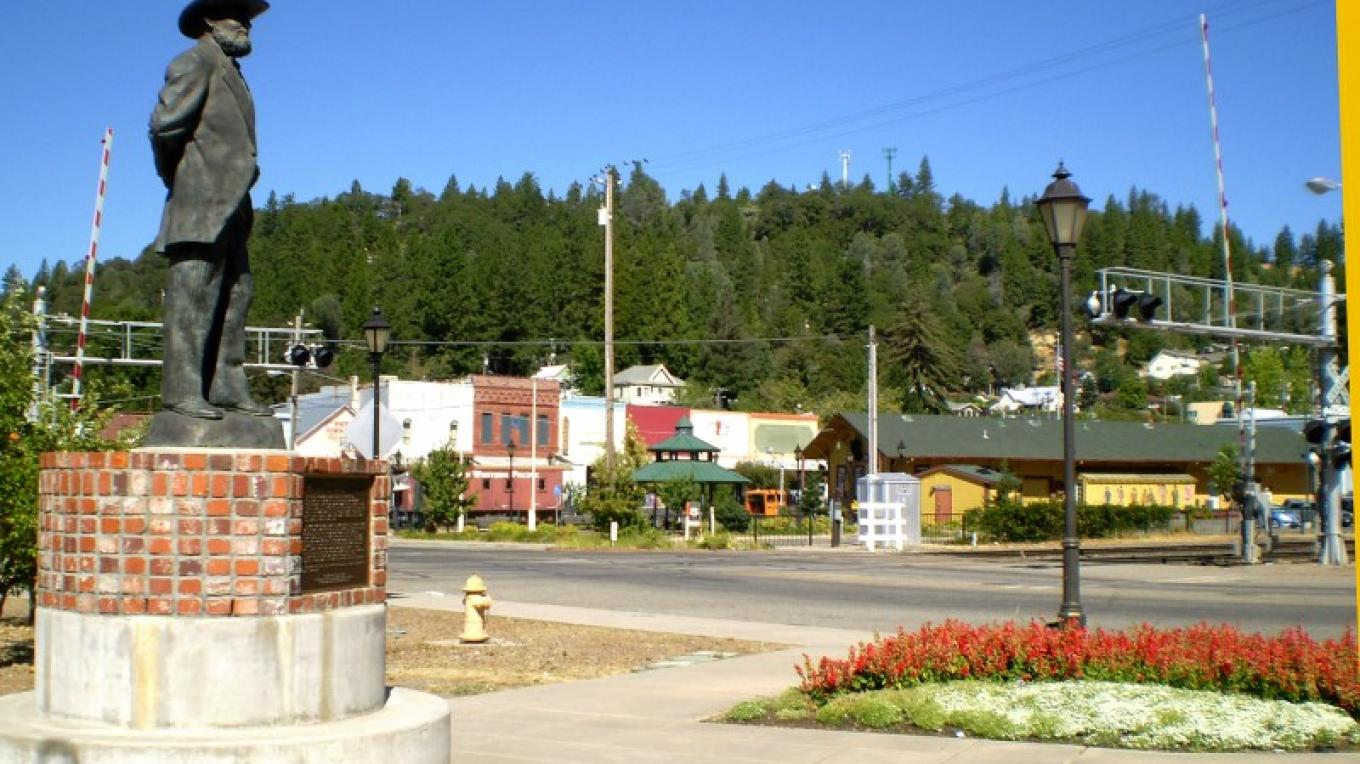 Main Street, Colfax~ fun place for Spring Green Festival and art and wine tasting. – Connie Heilaman
