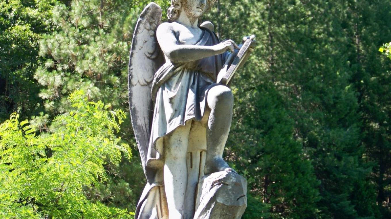 Angel topping the grave of Lewis Byington, Downieville Cemetery – Lee Adams