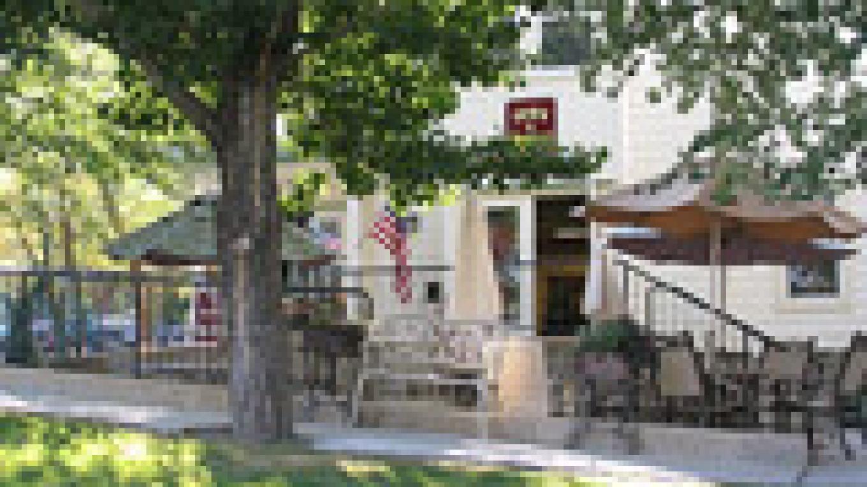 Genoa Square - Genoa Country Inn – Jennifer Hollister