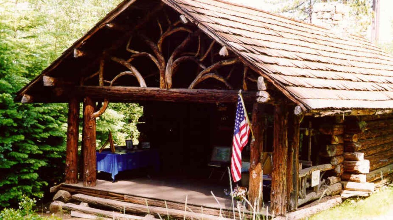 Honeymoon Cabin at the Pope Estate – El Dorado Photo Library