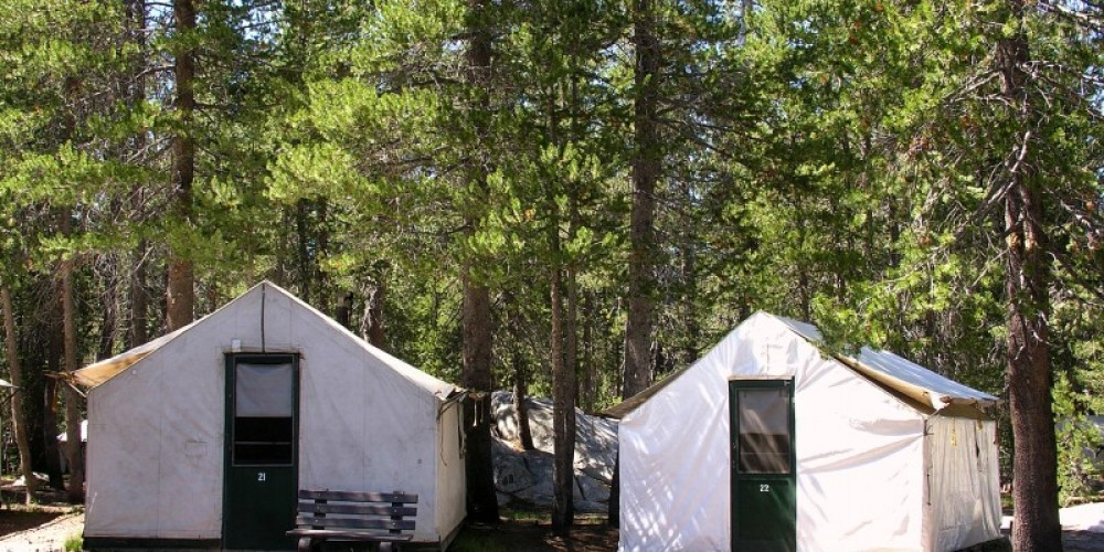White Wolf Lodge Canvas Tent Cabins