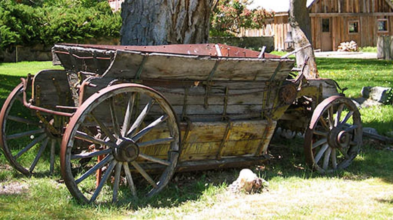 Historic  Wagon – Jennifer Hollister