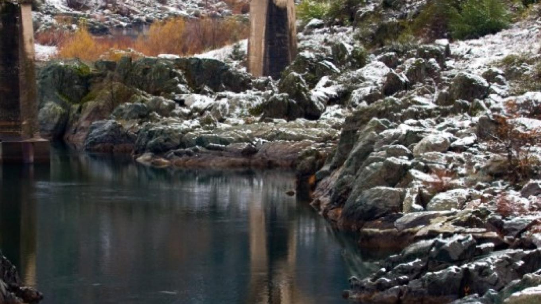 "The historic Mountain Quarries Bridge - now known informally as ""No Hands Bridge"" – ©Gary Hughes"