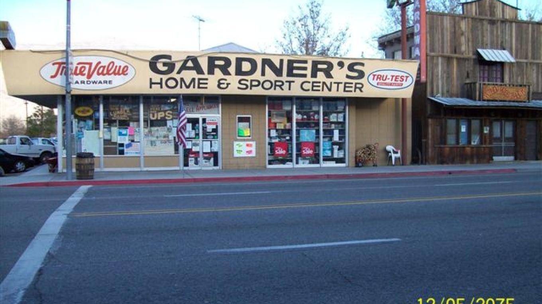 Gardner\'s from Main Street – Unknown