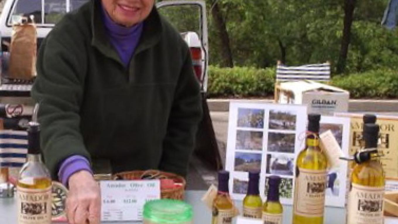 Susan sells her oil at local farmer's markets. If you miss the markets, its always available at Andrae's – Provided by Susan Bragstad