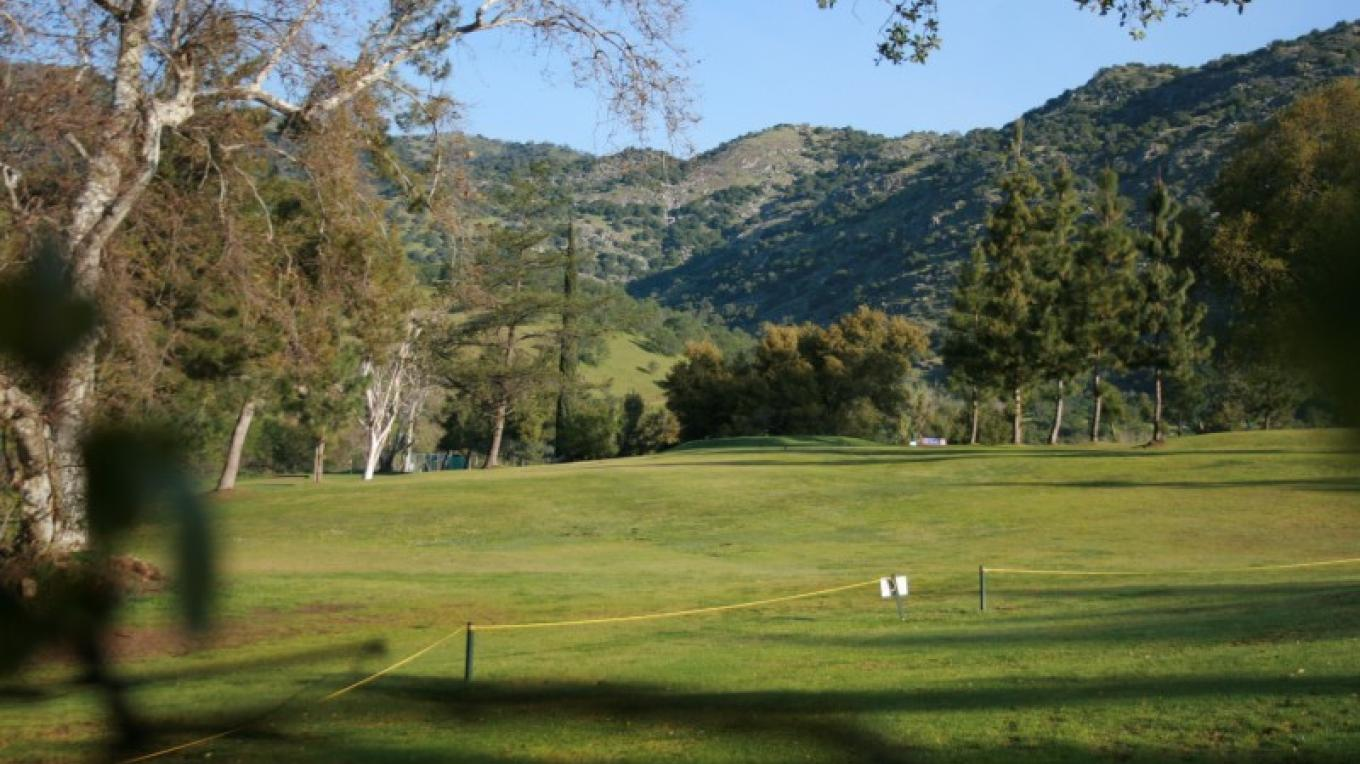 Fronting the Three Rivers Golfcourse, with sweeping views of endless green. – pam lockhart