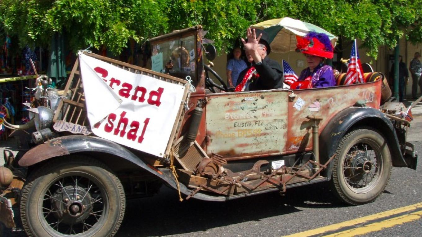 Grand Marshal leads the parade. – Dale Silverman