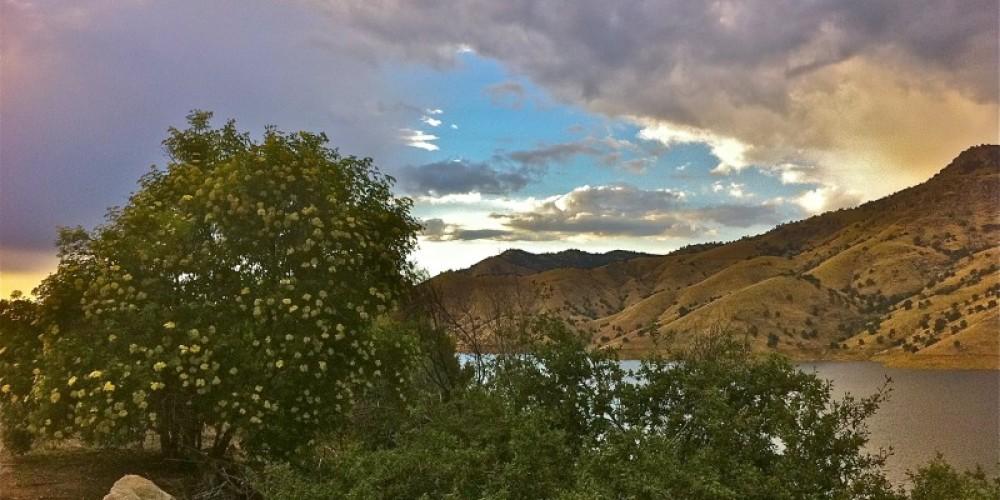 A May evening at Lake Kaweah – CJS