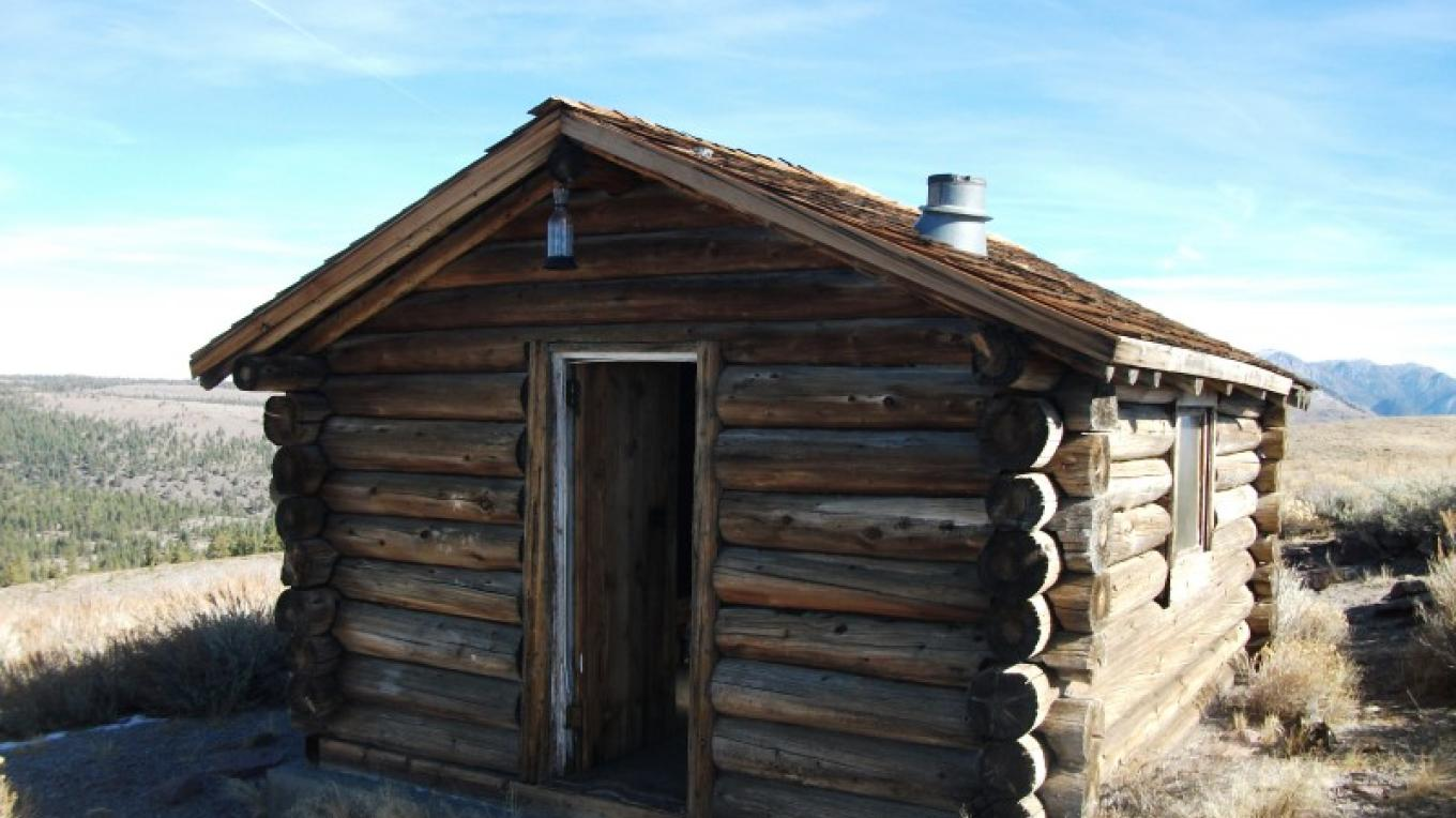 Bald Mtn. Log Cabin Warming Hut - Summer – DJ's Snowmobile Adventures, Inc.