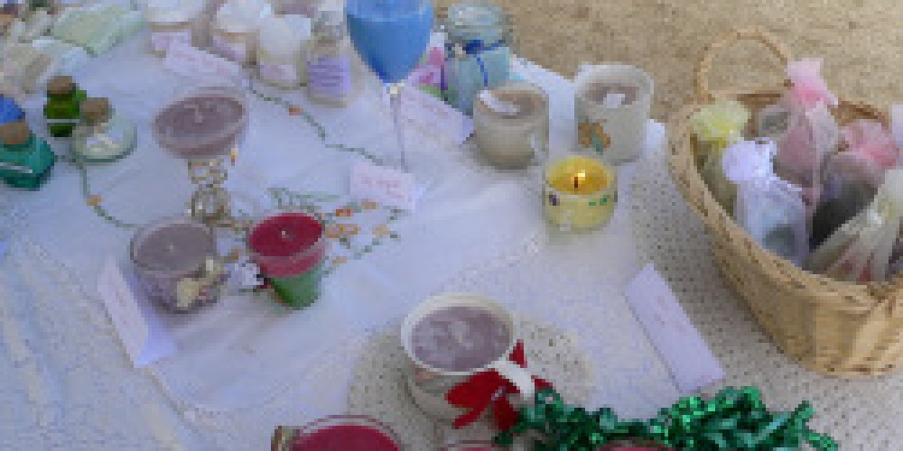 Linda Frey's soy candles and lotions. – Kern Valley Growers Association.com