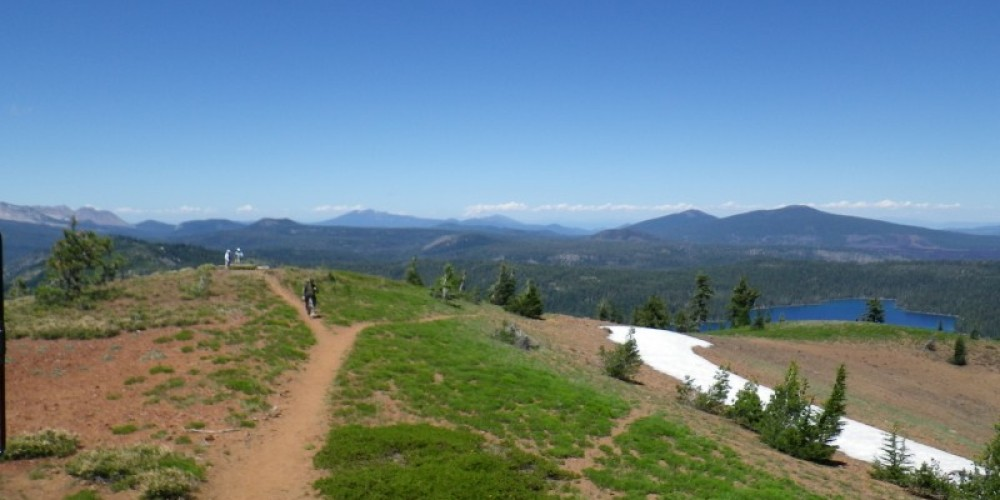 Looking north from the fire lookout at Lassen Volcanic National Park – Melania Stoeber
