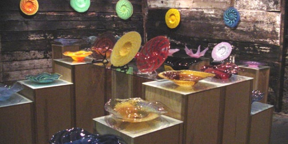 Upstairs gallery at Chaos Glassworks – David Hopman