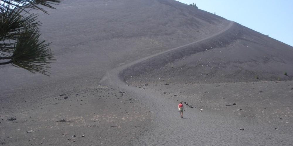 Hiker begins ascent of Cinder Cone – Ben Miles