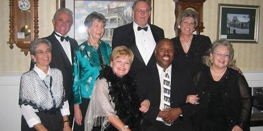 Hosting many events throughout the year from Cabarets to Wine Dinners, Halloween Parties, New Years Eve and More. From Blue Jeans to Tuxedos, Hotel Charlotte is where Folks Have Fun! – Lynn Upthagrove