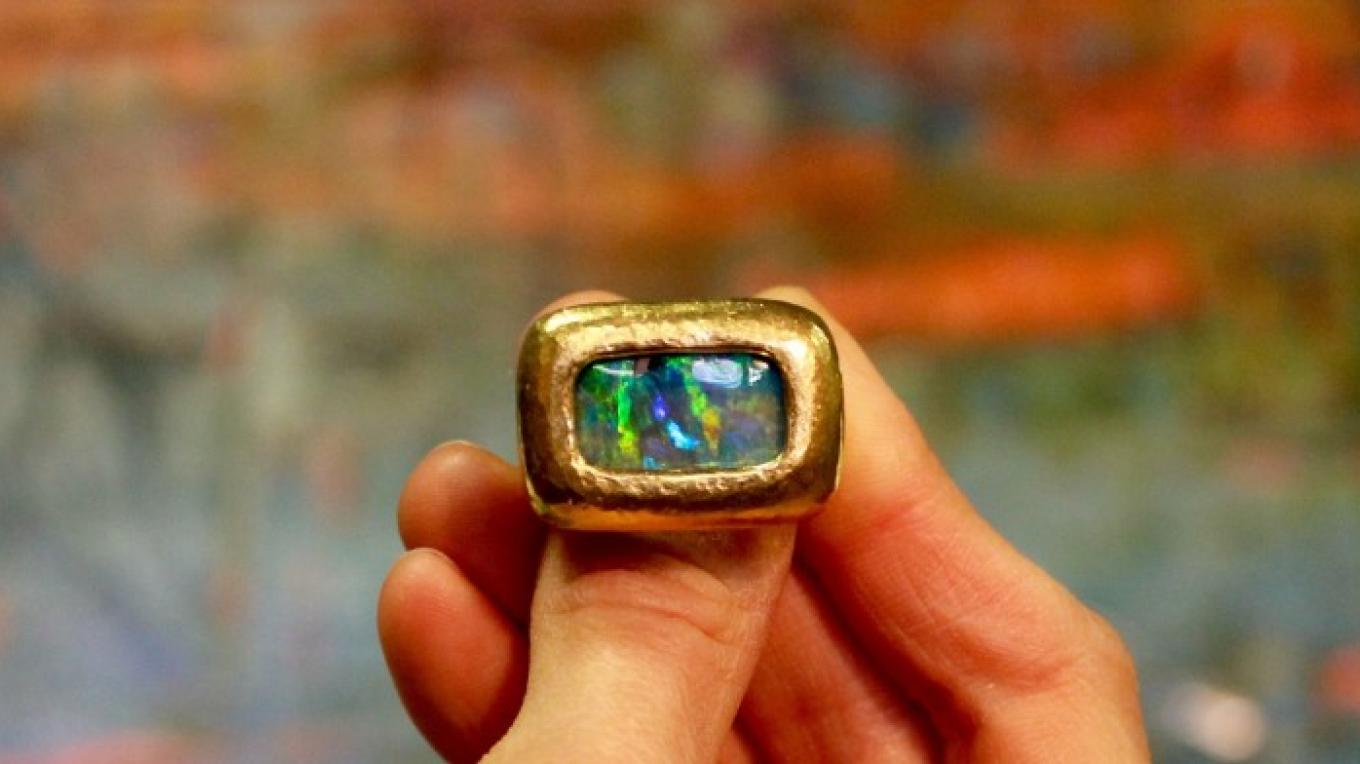22k Gold and Opal Ring