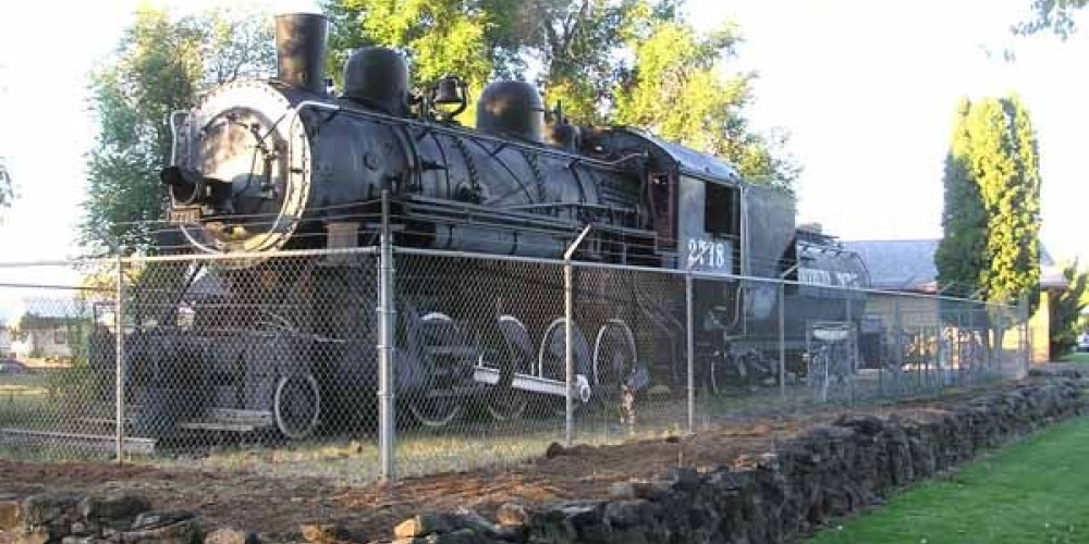 Frontal view of locomotive