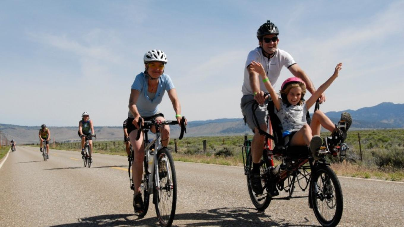 Families, including kids, can ride the tour together. – www.tourdemanure.org