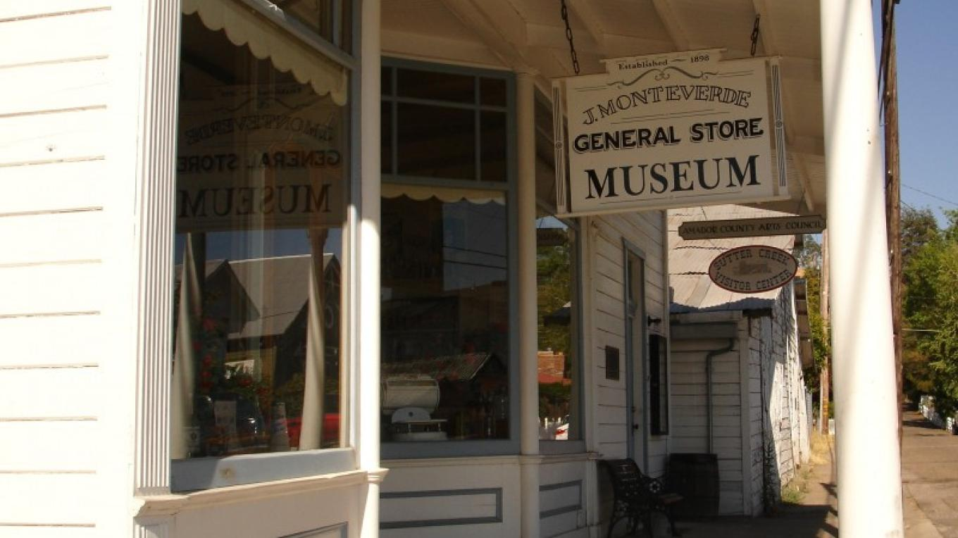 Sutter Creek Monteverde Museum General Store, a must see while in town. – Klosowski