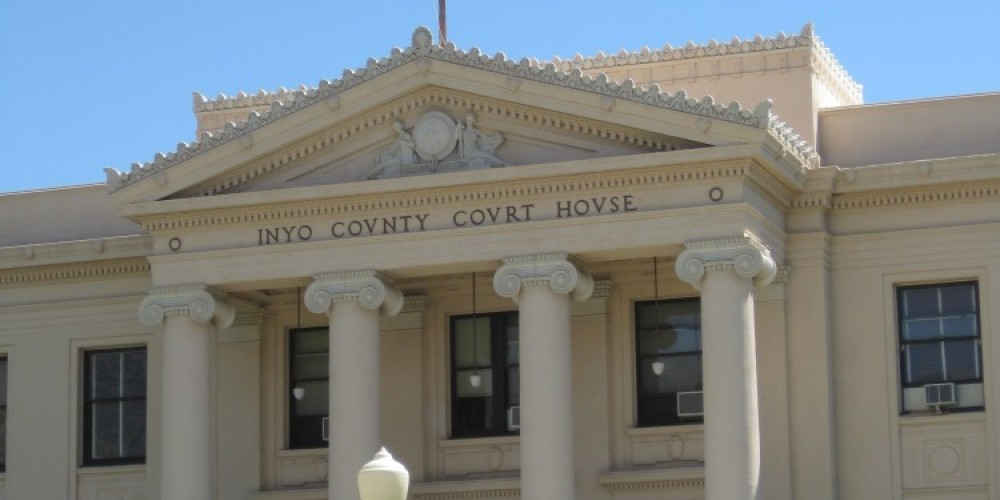 Inyo county courthouse - Ray\'s Den is north about 1/2 mile on westside from the courthouse. – Jennifer Duncan