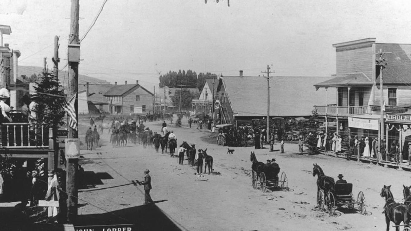 Downtown Loyalton parade – unknown