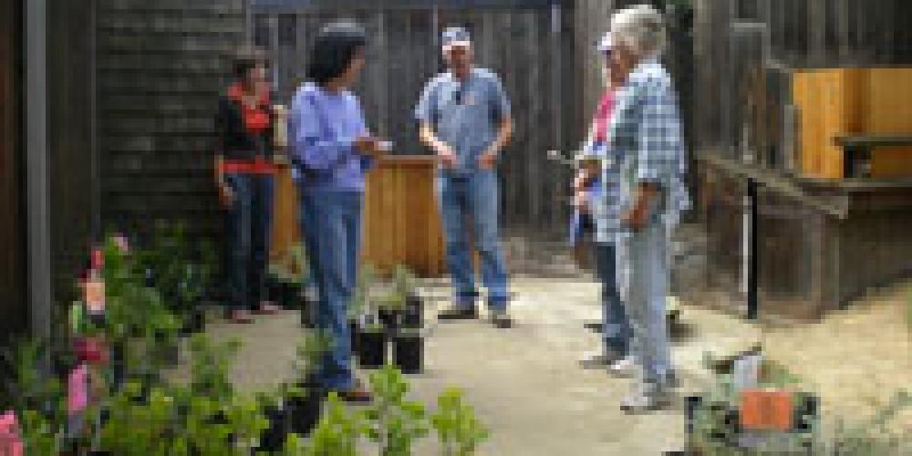 Members of the Alta Peak Chapter at the plant sale. – Elsah Cort