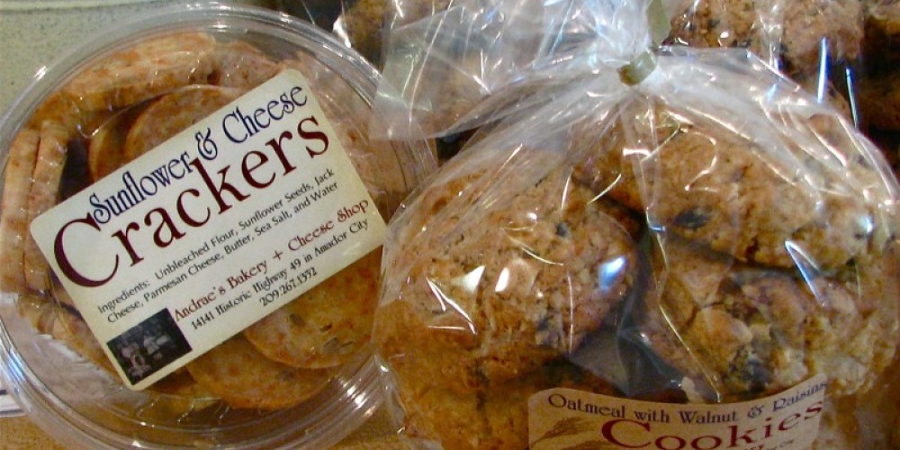 Comfort food crackers and cookies remind me of Mom's kitchen. Big and full of flavor! – Karrie Lindsay